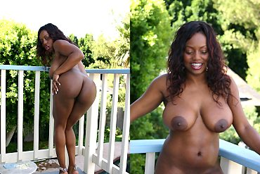 busty,ebony,huge