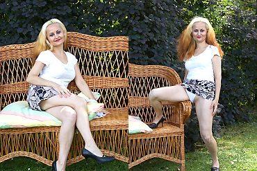 outdoor,housewife,blonde