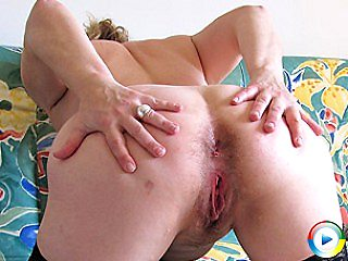 Kinky anal pantyhose mama loves playing showing us all trimmed asian pus