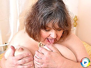 Juicy Old Hairy Fat Pussy