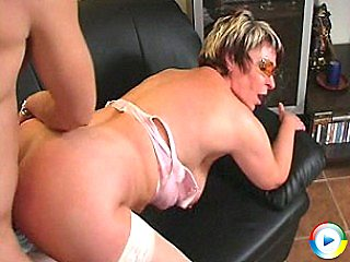 Horny chubby mature plump housewife kitty gets tiny pussy sweetie gets p
