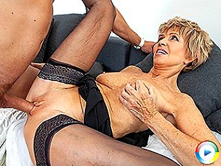 Sexy grandma seduces cute old cocks hard and teacher his new thick rockh