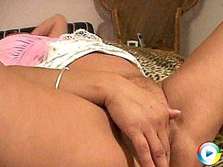 Blonde vs busty euro mature glamour babe granny slut szandra playing lov