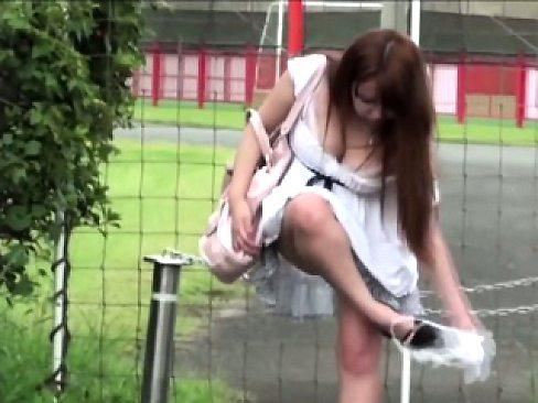 Japanese hos pissy pants
