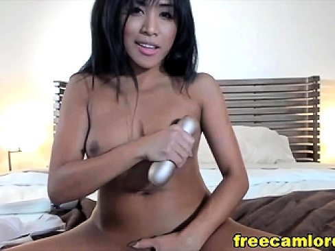Sweet Asian Loves To Masturbate On Her Live Cam